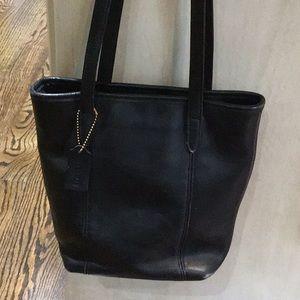 Vintage Authentic COACH purse/ black: K8C-9077